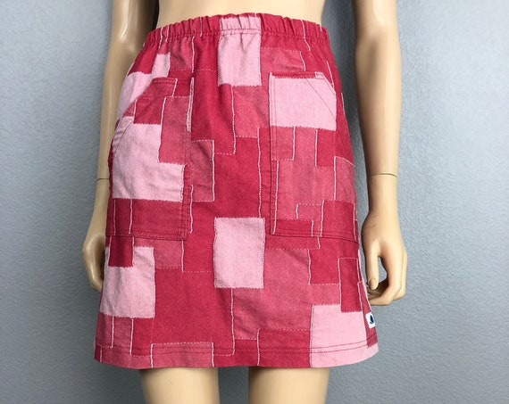 90s Women's Embroidered Patchwork Mini Skirt Size XS Red Casual Cotton Pencil Skirt 90s Clothing Epsteam
