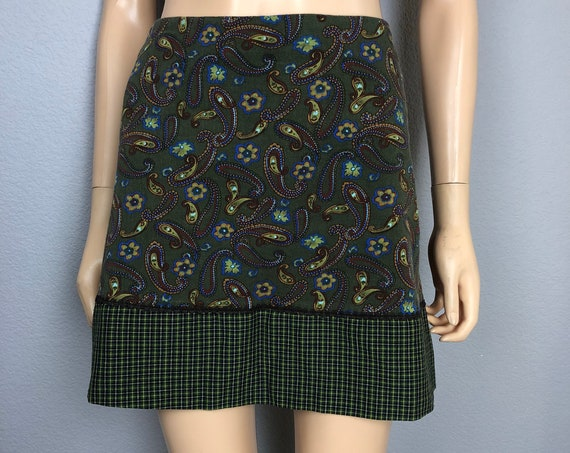 90s Women's Paisley and Plaid Printed Mini Skirt Size Small by My Michelle 90's Clothing Epsteam
