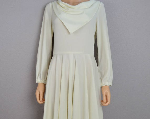 70s White Disco Dress Long Sleeve Fit and Flair Dress With Large Cowl Neck 70s Clothing Epsteam
