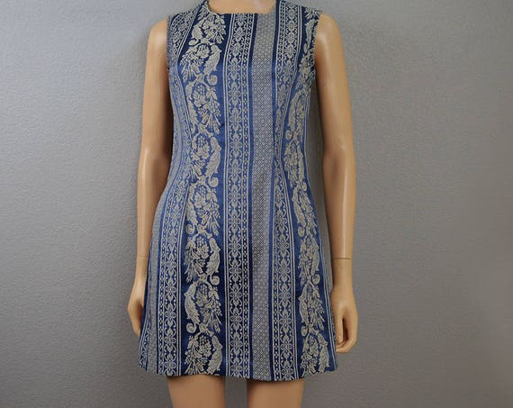 90s Brocade Dress Mini Dress Blue and Cream Damask Print Short Sheath Dress Sleeveless Casual Dress Size 5 90s Clothing Epsteam