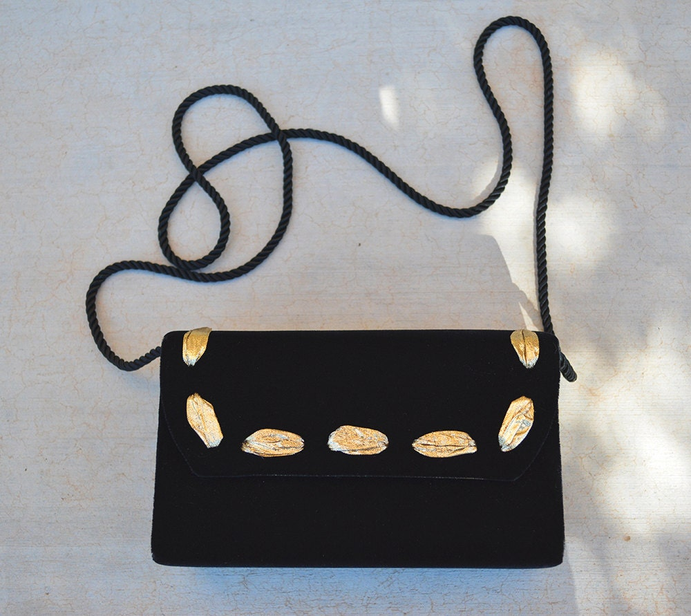 a9e7f58fb85 Black and Gold Clutch Velvet With Ribbon Embellishment 80s ...