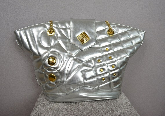 72957c8bb35 ... 80s Vintage Quilted Silver Tote Bag Gold Studded Chain Strap Large  Shoulder Bag 80s Handbag Epsteam