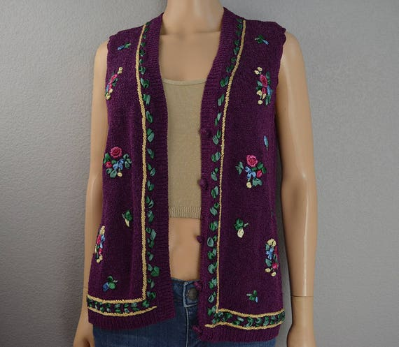 90s Women's Sweater Vest Purple With Floral Embellishments and Embroidery Petite Large 90s Clothing Epsteam