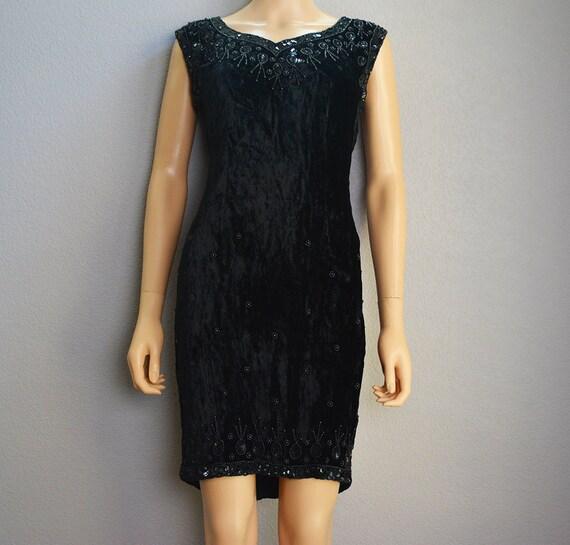 90s Velvet Dress Black With Beading and Sequins Shift Dress Sleeveless Knee Length Evening Dress Epsteam