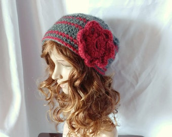 Crochet pill box Wool hat red flower Hobo hat Red and Grey Cloche Super chunky hat Boho retro mid century fashion hat Hippie style Lagenlook