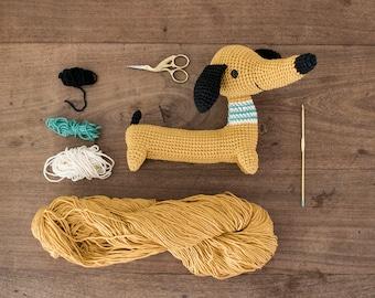 Pica Pau Amigurumi Crochet Toy Dachshund Pattern. Roberto Dachshund