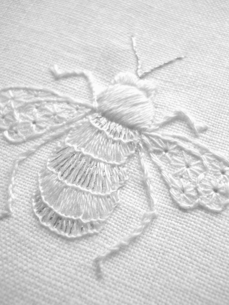 Whitework embroidered Bee  PDF Instructions image 0