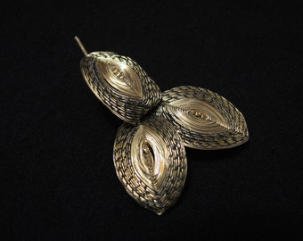 Vintage Gold Tone Wire Wrapped Leaves Pin Brooch