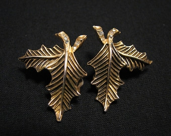 Vintage Gold Tone and Diamond Rhinestone Holly Leaf Clip Earrings