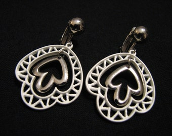 Vintage Silver Tone and White Metal Filigree Teardrop Dangle Clip Earrings