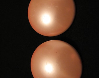 BIG Vintage Round Pink Metallic Faux Pearl Lucite Clip Earrings