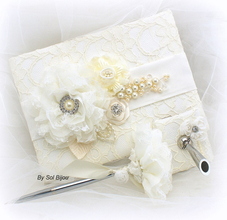 Wedding Signature Book and Pen Set in Ivory and White Vintage Style