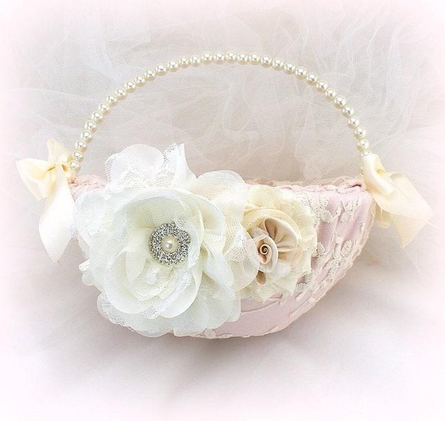 Vintage Style Flower Girl Basket Rose Blush Ivory Wedding Girl Basket with Pearls and Lace Elegant Gatsby Girl Basket for Wedding