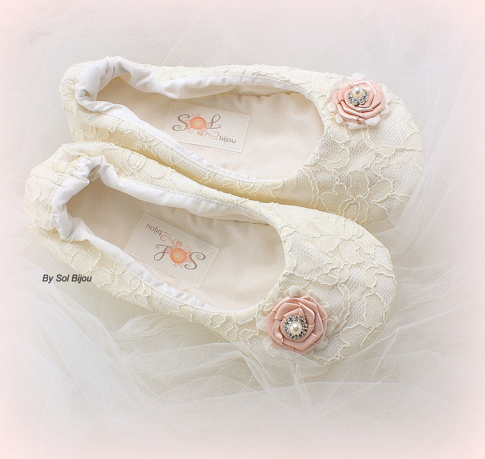 ivory ballet flats,blush ballet shoes,lace ballet flats,ballet slippers,wedding flats,flower girl flats,elegant wedding,vintage