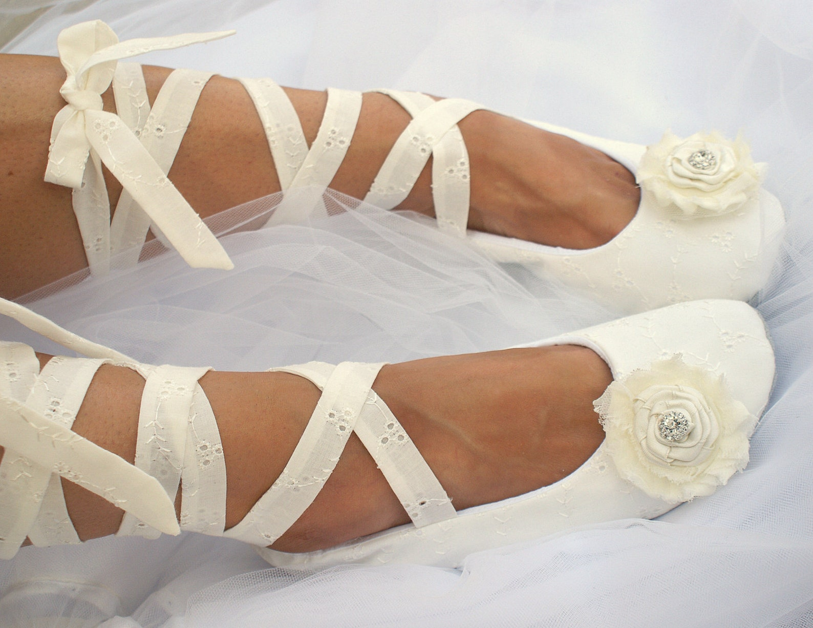 wedding ballet shoes in ivory cotton with ivory ties vintage elegant flats