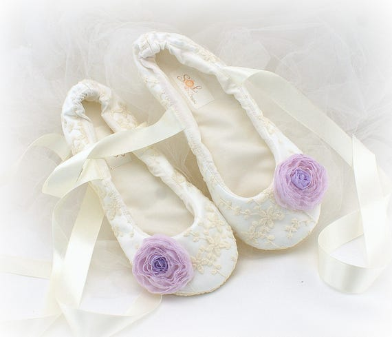 c352b4007b82 Wedding Ballet Flats Shoes Lilac Ivory Wedding Flat Shoes Lace