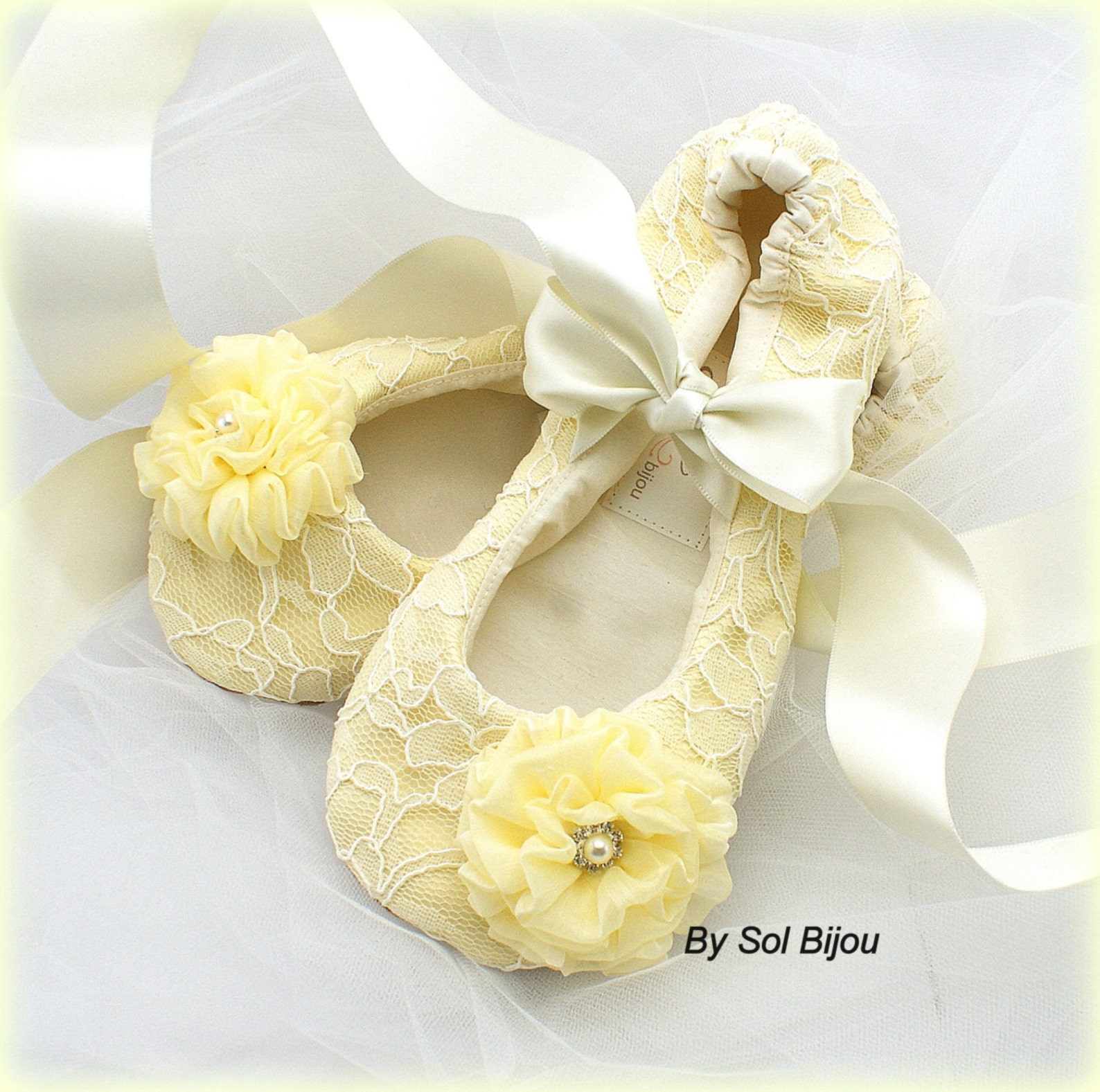 ballet flats, yellow, ivory flats, ballet slippers, satin ballet flats, wedding flats ,elegant wedding, maid of honor, flower gi