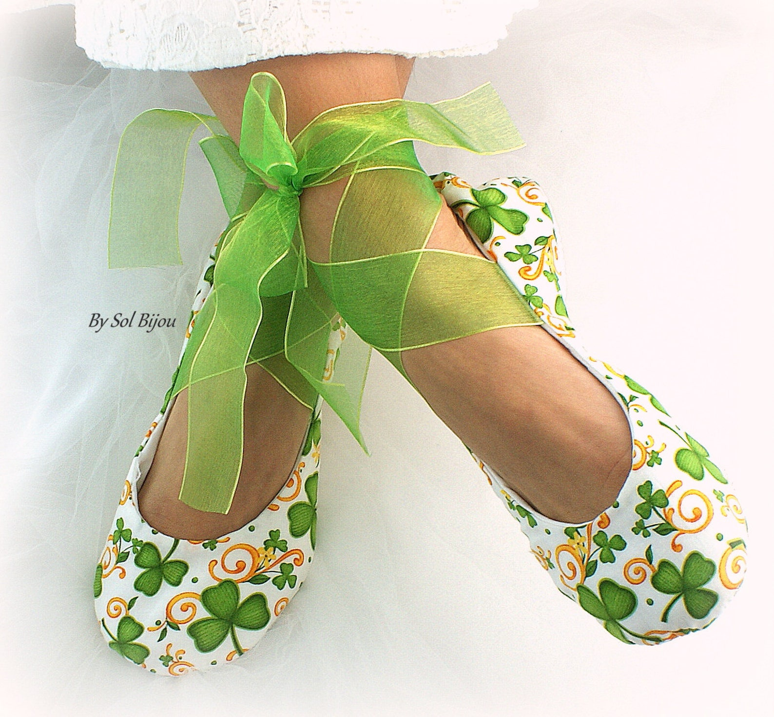 irish green flats,ballet flats,clover flats,,irish wedding flats, st patrick flats,ballet slippers,elegant wedding,celtic ballet