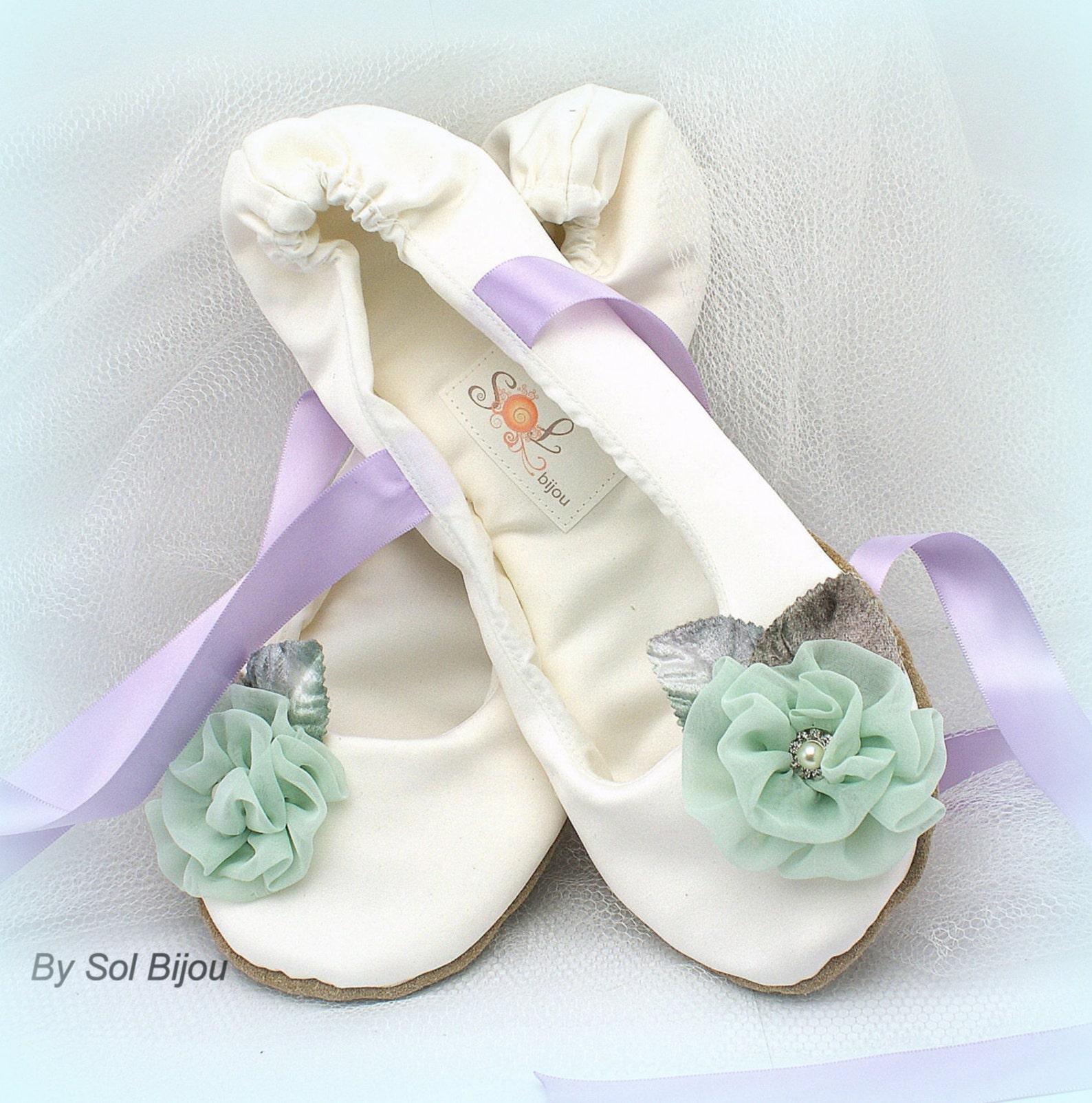 ivory ballet flats,mint and lilac,ballet slippers,satin ballet flats,wedding flats,flower girl flats,vintage style,ballerina sli