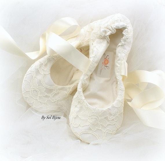 d0dc3190b554 Ivory Lace Ballet Shoes Ivory Bridal Flats Ivory Ballet