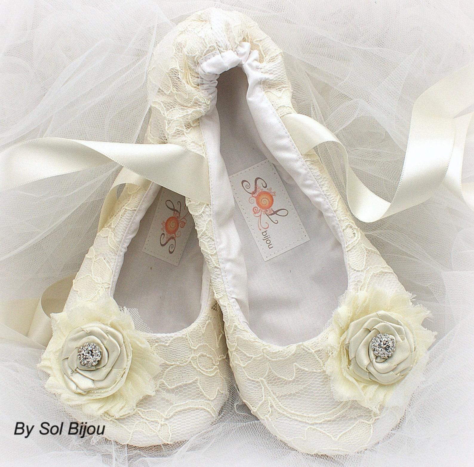 custom ballet flats shoes ivory ballet slippers wedding flats lace flats wedding shoes flower girl vintage style flats elegant w