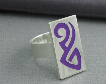 silver tribal ring. sterling and purple tribal band. solid silver purple tattoo ring. tattoo band ring. size 7 3/4. artisan handmade band