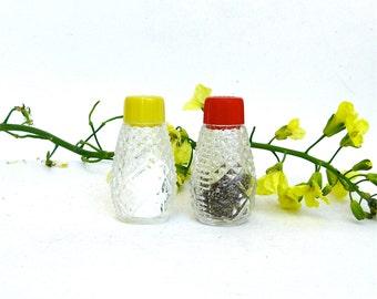 vintage pressed glass petite salt and pepper  shakers  ...  mid century  ...   retro glass