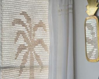 woodwoolstool palmtree pattern (filet crochet)