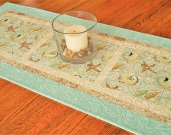 Seashells Table Runner in Aqua and Brown, Quilted Table Runner, Beach Decor, Ocean Decor, Summer Table Decor, Starfish and Seashells