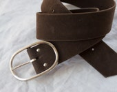1960s Faux Suede Oval Buckle Belt | M