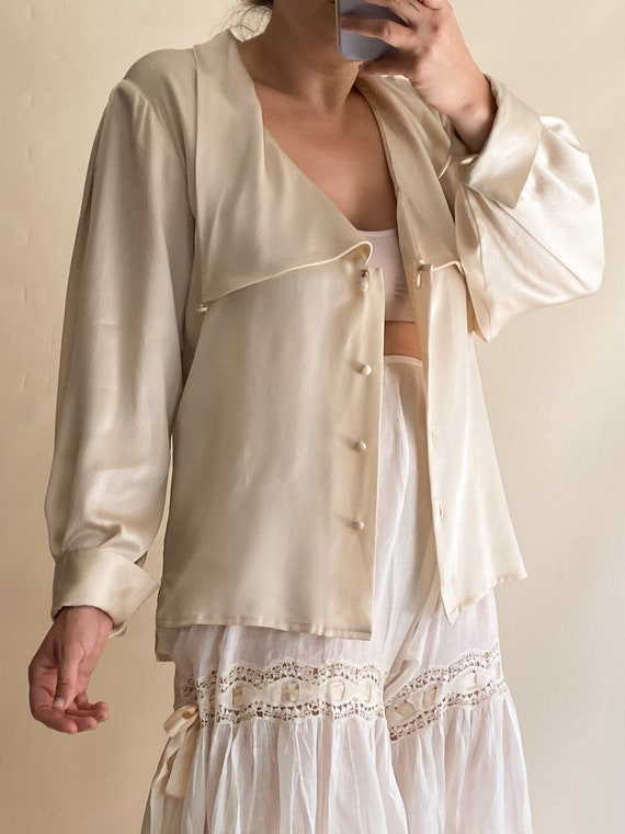 1980s Champagne Silk Blouse - image 3