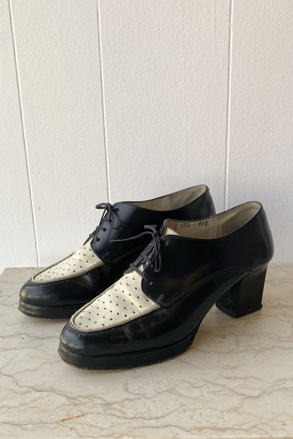1970s Two-Tone Heeled Oxfords | 6