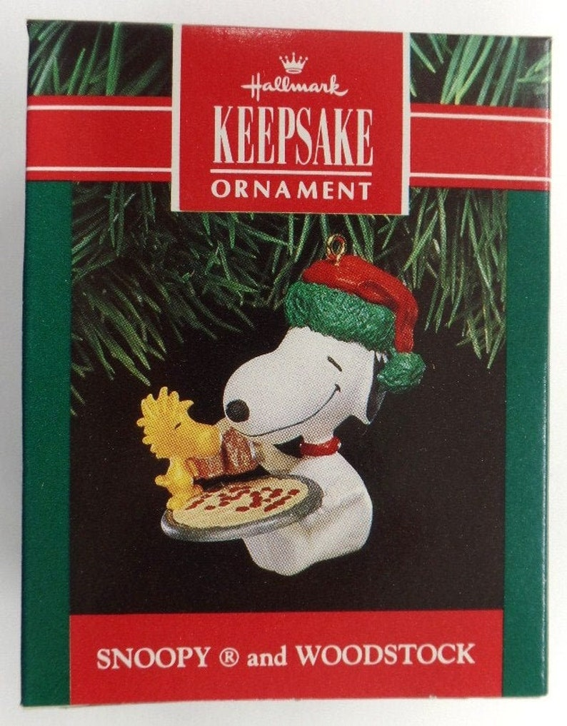 Snoopy And Woodstock Christmas Ornaments.Hallmark Snoopy And Woodstock Christmas Ornament 1991 Nrfb Pepperoni Pizza