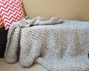 LH no. 7 Chunky Knit Blanket