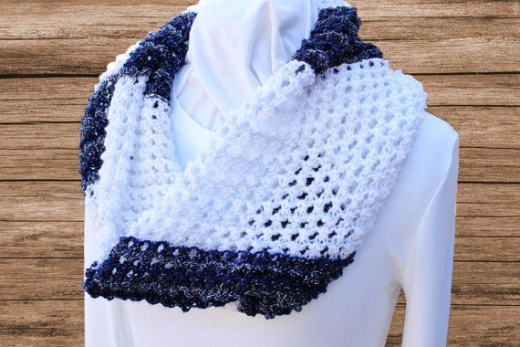 Lace Knit Cowl Pattern Knitting Patterns For Variegated Yarn Etsy