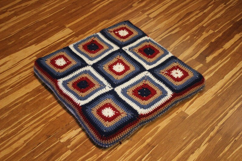 Crocheted Cushion Pattern Crochet Pattern for Square Floor image 0