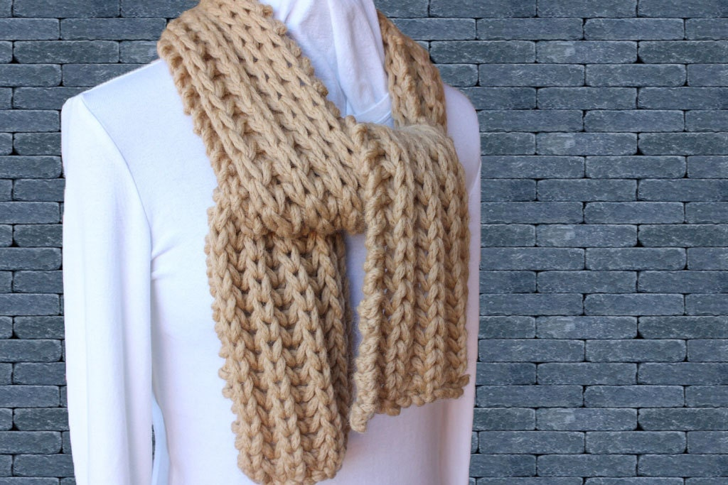Chunky Knitted Scarf Pattern Easy to Knit Scarves Chunky ...