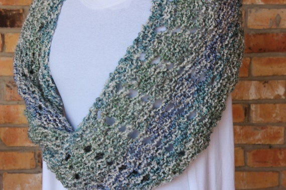 Mobius Knit Cowl Pattern Knitting Pattern for Homespun Yarn | Etsy
