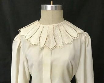 Vintage Ivory Blouse with Oversized Collar Size L