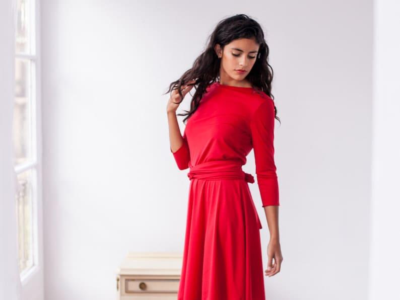 best sneakers 746ff 9266b Vestito rosso lungo, vestito lungo, abito manica 3/4 rosso, rosso manica  lunga abito maxi, avvolgere convertibile, abito lungo rosso, Abito da sera  ...