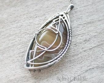 Monato - Sterling silver pendant with Laguna Agate
