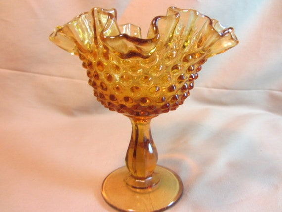 MARIGOLD Amber Serving Bowl Decorative Pedestal Bowl Diamond Pattern Glass Pedestal Compote Amber Diamond Painted Glass Candy Dish