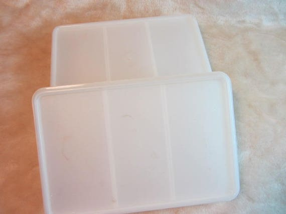 A Kitchen Is Launching An Express Lunch Service: Set Of Eagle Super Seal Containers Lunch Containers