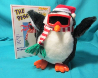"""Metro Toy Company """"The Penguine"""" Battery Operated 1988 Toy, Moving Pinguine, Battery Operated Toy Made in the 80's by Metro, Childs Toy"""