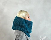 Sale Womens Cowl- Unisex Cowl- Mens Cowl Scarf- Chunky Knit Cowl- Oversized Cowl- Womens Snood- Mens Snood- Chunky Cowl- Blue Knit Cowl- Gif