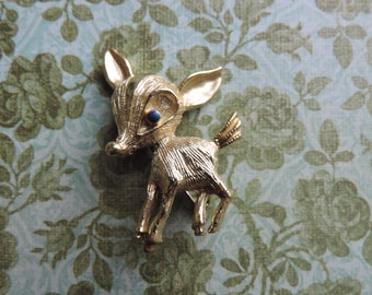 vintage deer brooch 1960s adorable figural gold lapel pin