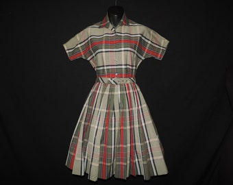 1950s green plaid day dress windowpane shirtwaist fit and flare blouse and skirt set small