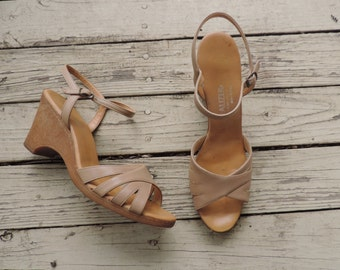 boho wedge sandals, 70's tan strappy hippie summer shoes, naturalizer 10