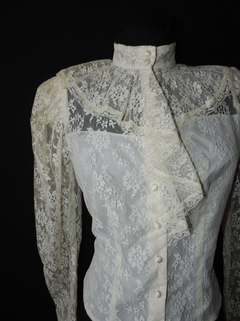 vintage lace blouse 1970s white ruffle prairie goth victorian revival medium