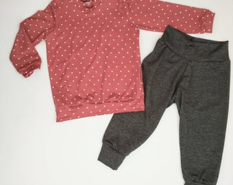 Girls Relaxed Joggers and Shirt- Clay Hearts